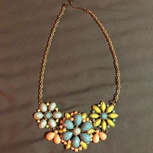 Forever 21 Jewelry - flower necklace